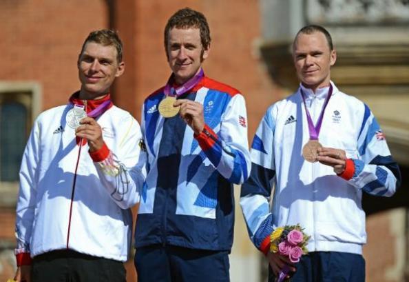 Podio final de la CRI de los Juegos Olímpicos 2012.