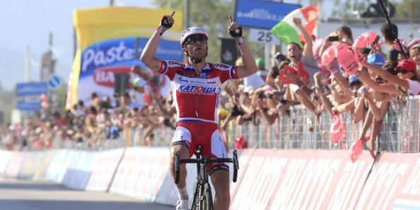 Luca Paolini le dió a Katusha su primera alegría en el Giro (foto: Gazzetta.it).
