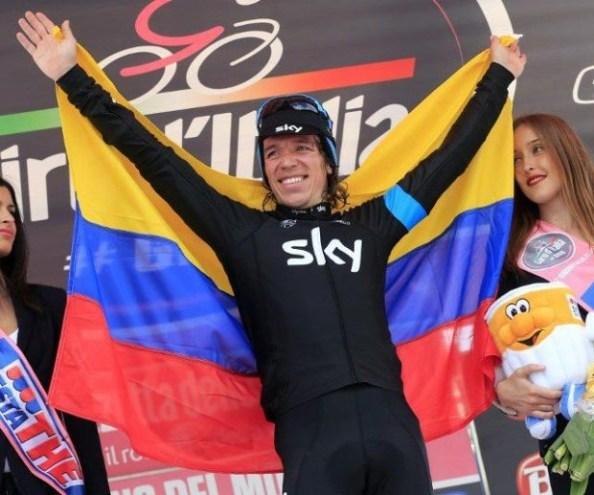 La bandera colombiana volvió a subir al podio del Giro.