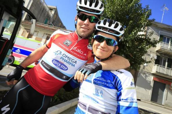 Cavendish y Kwiatkowski en la reciente Tirreno Adriático (Foto: cyclingnews.com)