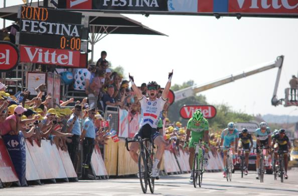 Cavendish rubricó en el sprint una etapa de otra época.