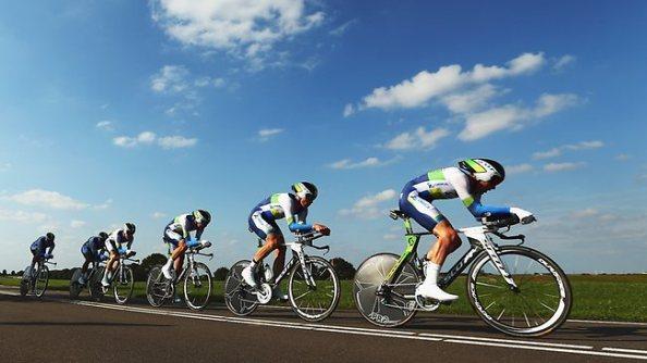 El Orica ha conseguido la victoria en la CRE por equipos del Tour 2013 (foto: wielerzone.com)