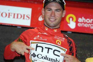 La última vez que Cavendish fue a la Vuelta se vistió de rojo, algo impensable hoy en día.
