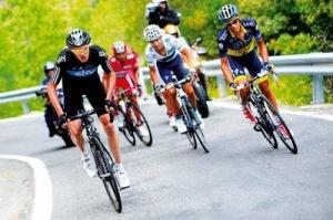 Valverde y Purito, entre otros, lucharon por el Tour este año (foto:elpolideportivo.blogspot.com)