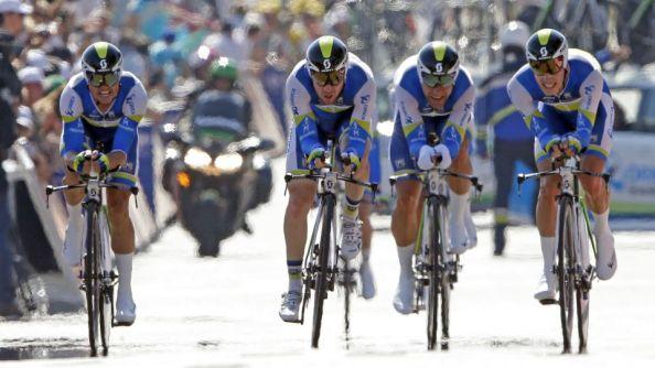Llegada de los corredores del Orica a meta en el mundial de CRE (sporten.com)