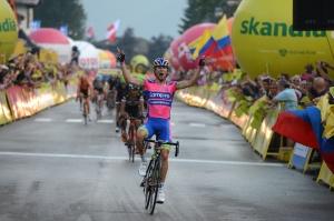 Diego Ulissi celebrando la victoria en la primera etapa del Tour de Polonia (foto:roadcyclinguk.com)