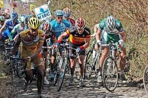 Imágenes que nos dea el Tour de Flandes cada año (foto:tercerequipo.com)