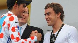 Alonso puede apostar fuertemente por Contador el próximo año (foto:diariogol.com)
