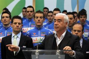 Luciano Alonso hablando durante la presentación del equipo en 2012 (foto:EFE/Carlos Díaz 2)