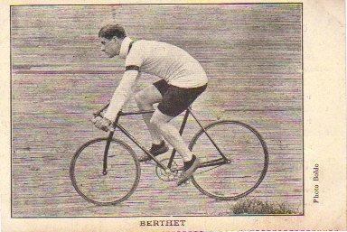 La bicicleta aerodinámica de Berthet.