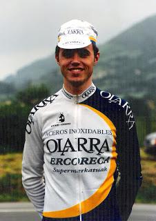 Samuel Sánchez con el maillot del Olarra (foto:laudioartezikloturismoa.blogspot.com.es)