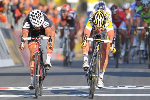 Cavendish en 2009 se unió a la larga lista de ciclistas históricos que han unido su nombre a la Milán-San Remo