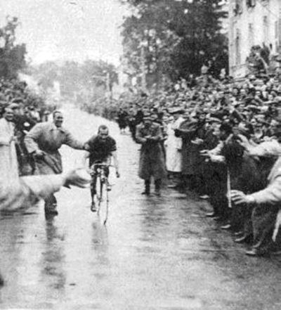 Bartali en Milán-San Remo de 1947 (foto:cycling-passion.com)