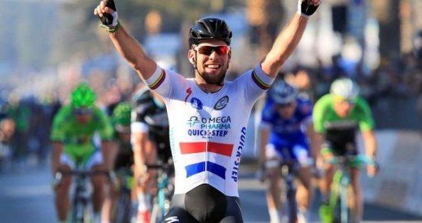 Cavendish logró cazar su etapa (foto:sky.com)