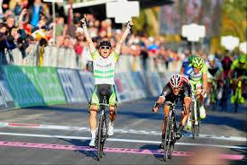 Tres veces podiums en las últimas tres ediciones es el resultado de Cancellara en San Remo (foto:roadcycling.com)
